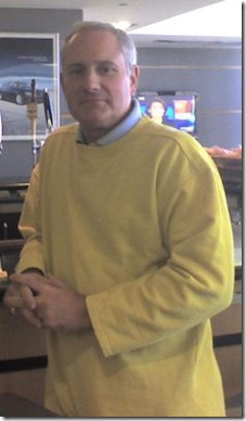 YellowSweatshirtDad20070927